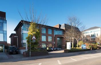 London Road RH2 office space – Building External
