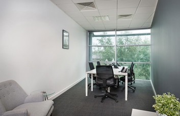 Herons Way CH1 office space – Private Office (different sizes available).