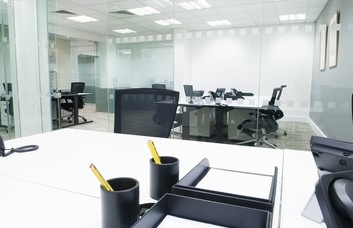 Bury Street E1 office space – Private Office (different sizes available)