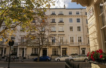 Eccleston Square SW1 office space – Building External