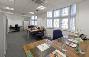 Southampton Row WC1 office space – Private Office (different sizes available)