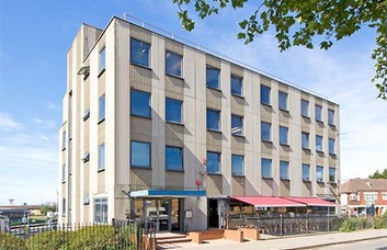 Neasden Lane NW10 office space – Building External