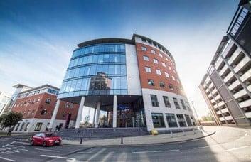 Wellington Place LS1 office space – Building External