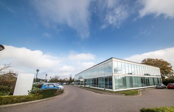 Whitehill Way SN1 office space – Building External