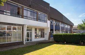 Vulcan Way CR0 office space – Building External