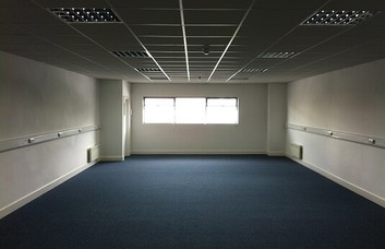 Rugby Road TW1 office space – Private Office (different sizes available).