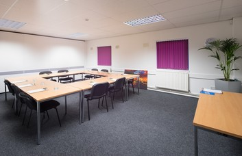 Queensway South TS1 office space – Meeting/Boardroom.