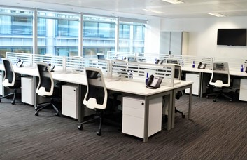 Cheapside EC1 office space – Private Office (different sizes available)