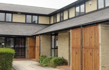 St Pauls Road BD17 office space – Building External
