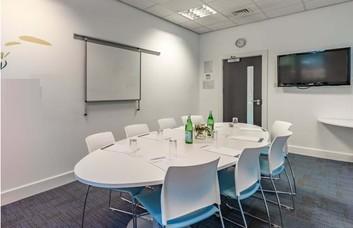 Innova Way EN2 office space – Meeting/Boardroom