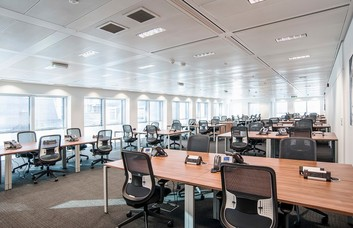 London Street EC3 office space – Private Office (different sizes available)