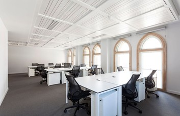 Liverpool Street EC2 office space – Private Office (different sizes available).