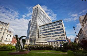 Cavendish Square W1G office space – Building External