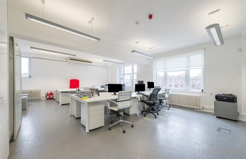 Charterhouse Street EC1 office space – Private Office (different sizes available).