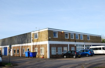 Povey Cross Road RH5 office space – Building External