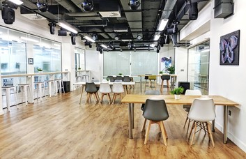 Christopher Street EC2 office space – Coworking/shared office