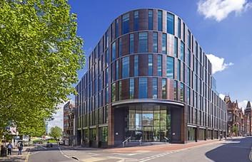 Blagrave Street RG1 office space – Building External