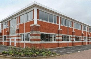 Lancaster Road HP10 office space – Building External