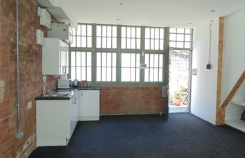 Temple Street E2 office space – Private Office (different sizes available).