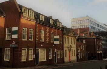 Longsmith Street GL1 office space – Building External