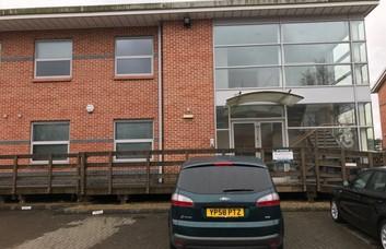 Molly Millars Lane RG40 office space – Building External