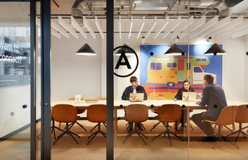 Mosley Street M1 office space – Meeting/Boardroom
