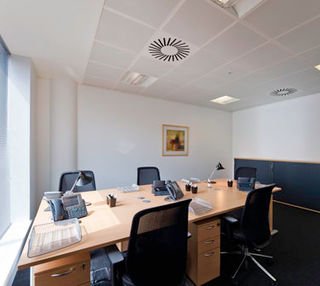 Lower Grosvenor Place SW1 office space – Private Office (different sizes available).
