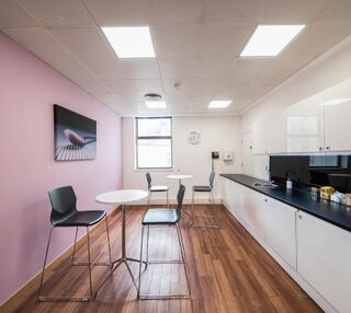 Northumberland Avenue WC2 office space – Kitchen
