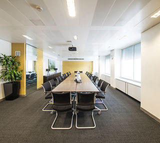 Cavendish square office space – Meeting/Boardroom.