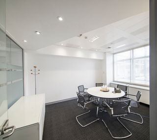 Cavendish square W1G office space – Meeting/Boardroom.