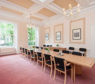 Rutland Square EH1 office space – Meeting/Boardroom.