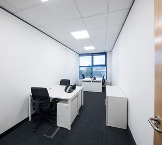 Silver Court AL8 office space – Private Office (different sizes available).