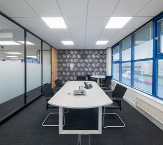 Silver Court AL8 office space – Meeting/Boardroom.
