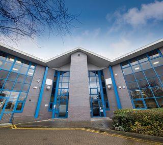 Silver Court AL8 office space – Building External