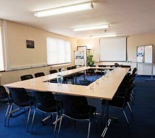 Heyford Park OX1, OX2 office space – Meeting/Boardroom.