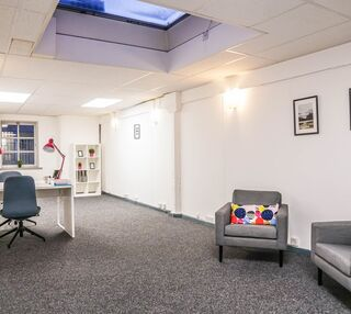 Washington Street G1 office space – Private Office (different sizes available).