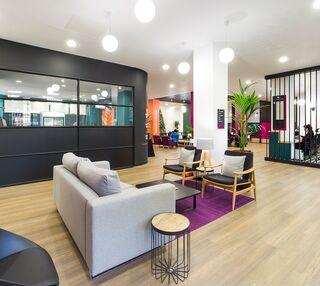 Washington Street G1 office space – Break Out Area