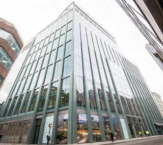 Bevis Marks E1 office space – Building External