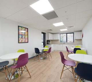 Aviary Court RG21 office space – Break Out Area