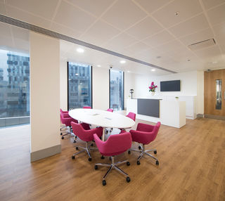 Mann Island L2 office space – Meeting/Boardroom.