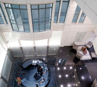 Knightsbridge SW1 office space – Atrium
