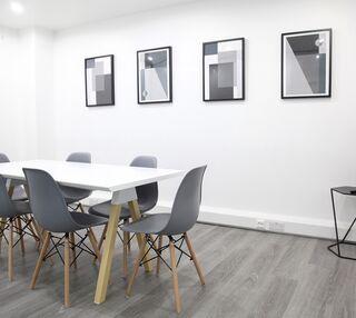 St John's Lane EC1 office space – Meeting/Boardroom.
