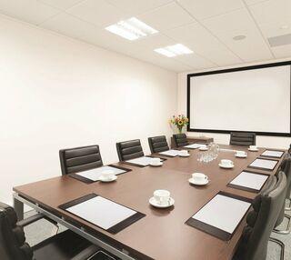 Dashwood Lang Road KT13 office space – Meeting/Boardroom.