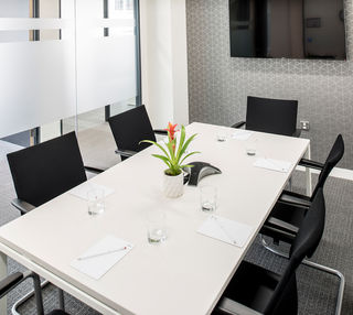 Calthorpe Road B1 office space – Meeting/Boardroom.