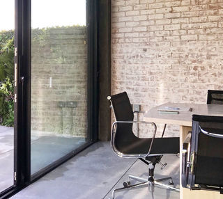 Marshalsea Road SE1 office space – Meeting/Boardroom.