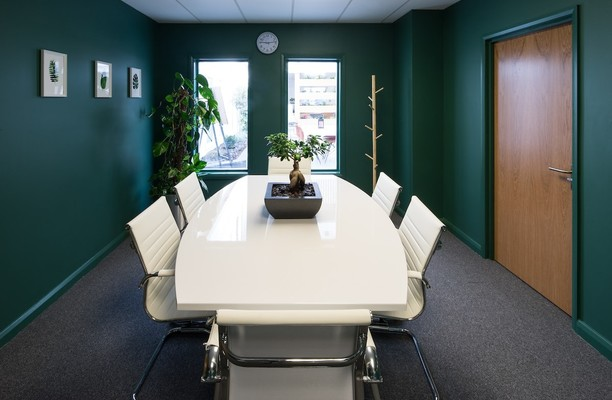 Lombard Road SW19 office space – Meeting/Boardroom.