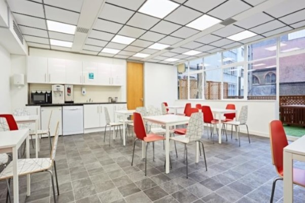 Old Marylebone Road NW1 office space – Kitchen