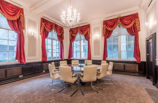 Lombard Street EC2 office space – Meeting/Boardroom.