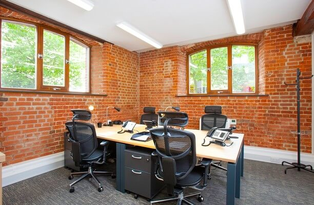 Ocean Village SO14 office space – Private Office (different sizes available).