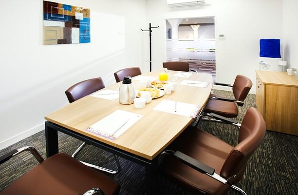 Ocean Village SO14 office space – Meeting/Boardroom.